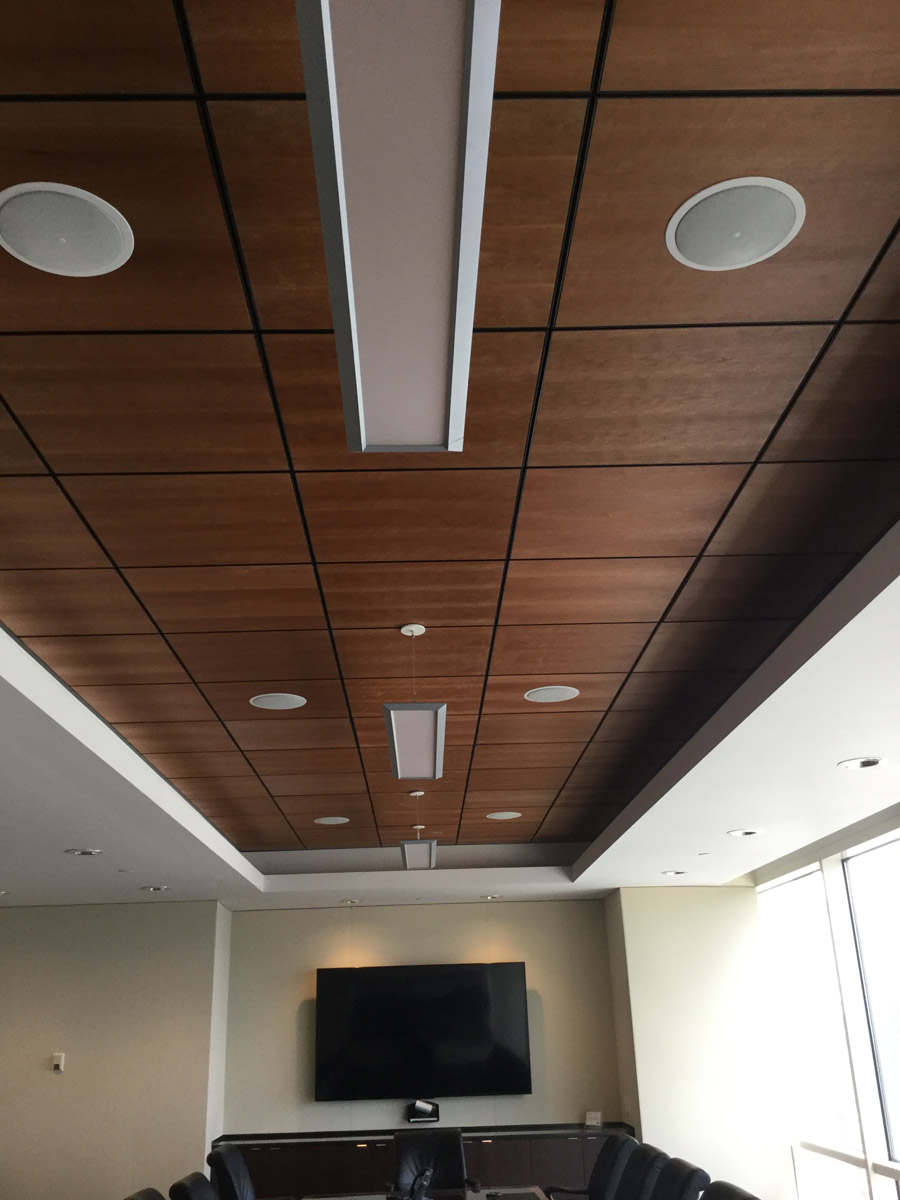 35th Boardroom with NovaWall in Essence Fabric, USG True Wood Ceiling Panels and Peerless Lighting Pendant Lighting.